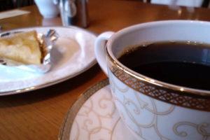 炭火焙煎珈琲 凛 珈琲とケーキ