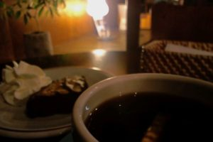 iriya plus cafe 珈琲とスイーツ