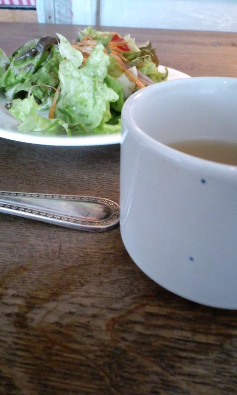 Sajilo Clove サラダとスープ