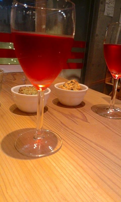 からんころん食堂 ワインとスコーン