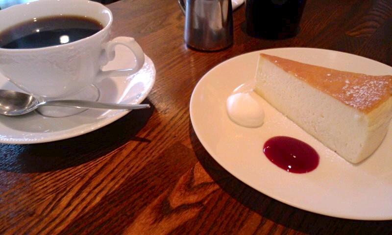 eau cafe 珈琲とスイーツ