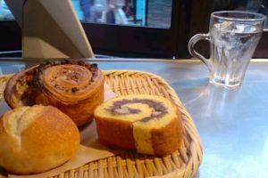ロータスバゲットのパン