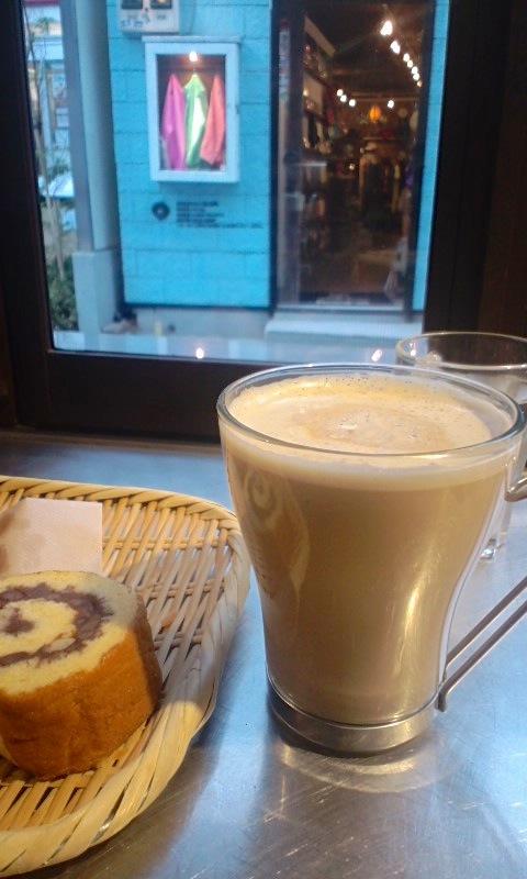 ロータスバゲットの珈琲とパン