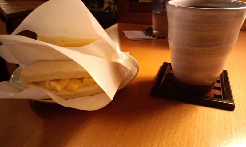 ミルクホール 珈琲とタマゴサンド