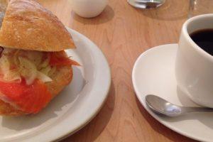 喫茶ハレの日 珈琲とサンドイッチ