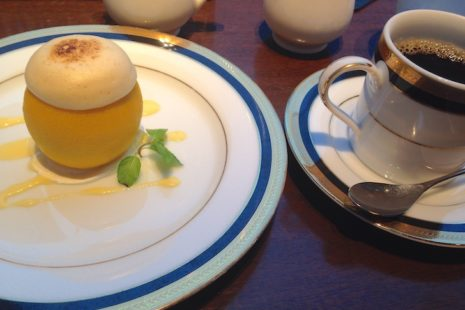 M&C Cafe 珈琲とスイーツ