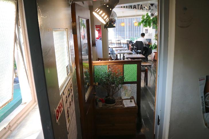 Cafe HINATA‐YA (ヒナタ屋) 入り口