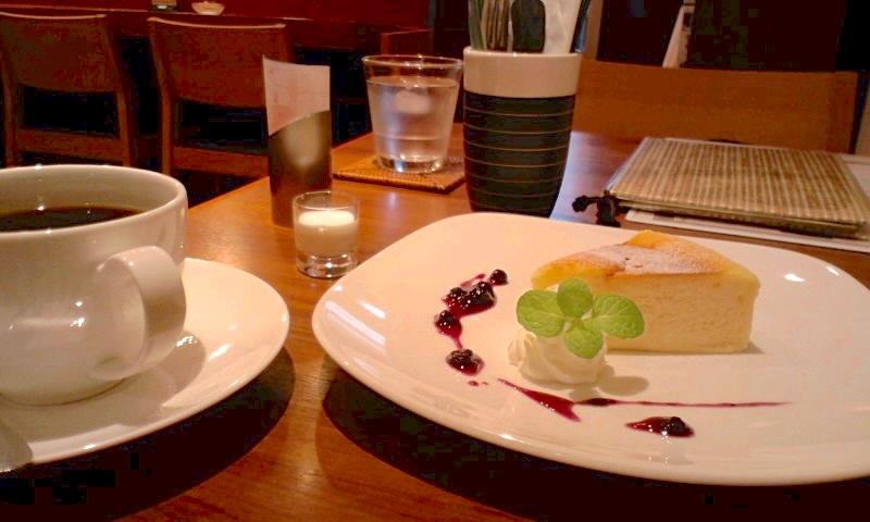 みのりCafe コーヒーとチーズケーキ