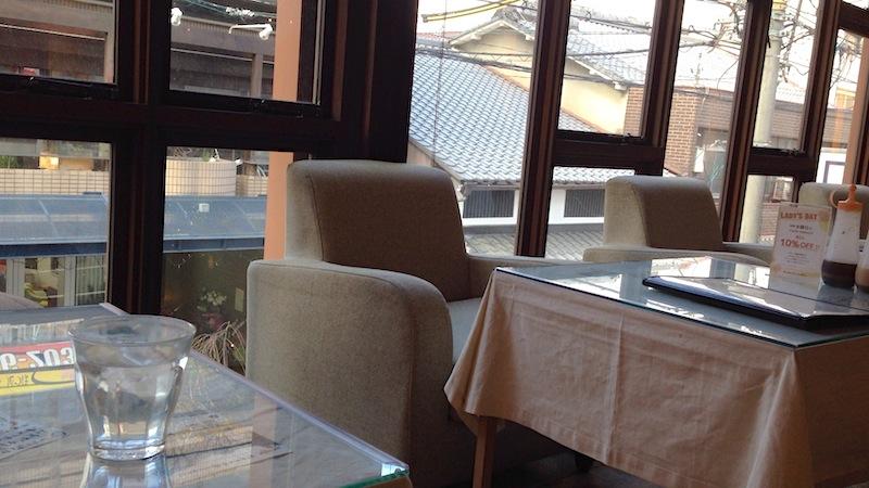 mumokuteki cafe 店内