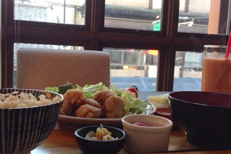 mumokuteki cafe ランチ