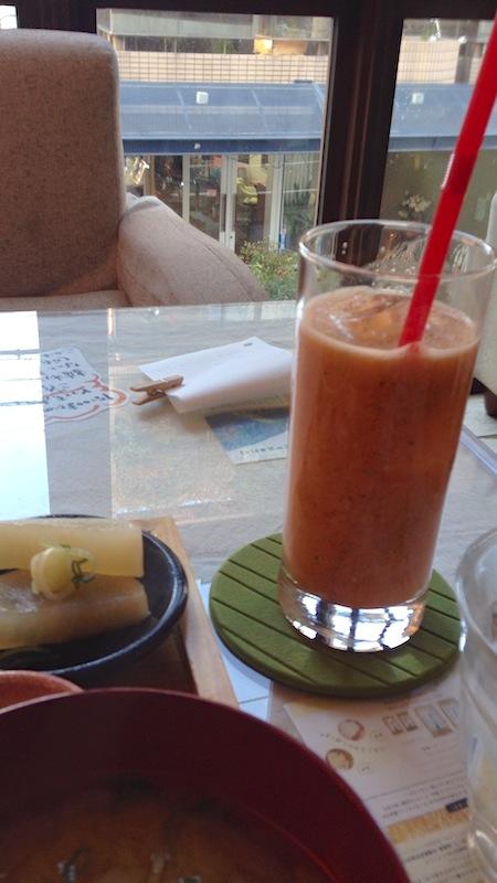 mumokuteki cafe ジュース