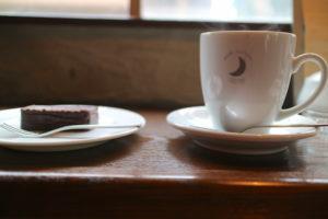 ムーンファクトリーコーヒー シュガー 珈琲とケーキ