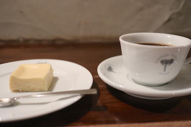 ELEPHANT FACTORY COFFEE 珈琲とチーズケーキ
