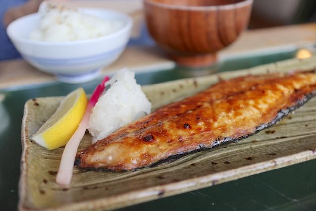 ビオ・オジヤン・カフェ サバの炙り焼き定食