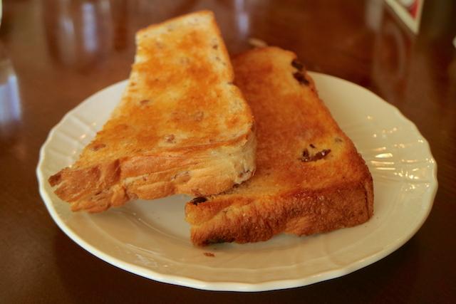 カフェ マルディグラ トースト