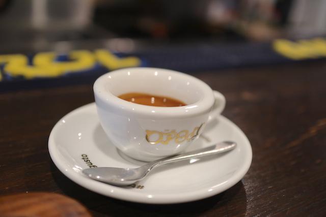 カフェ ソスペーゾ エスプレッソ