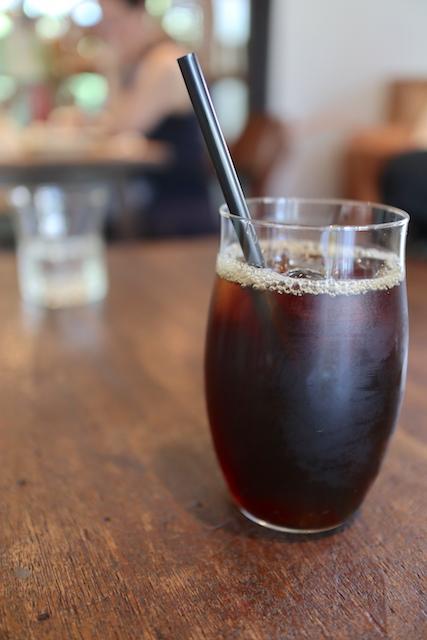 松庵文庫 TUTUJI CAFE アイスコーヒー