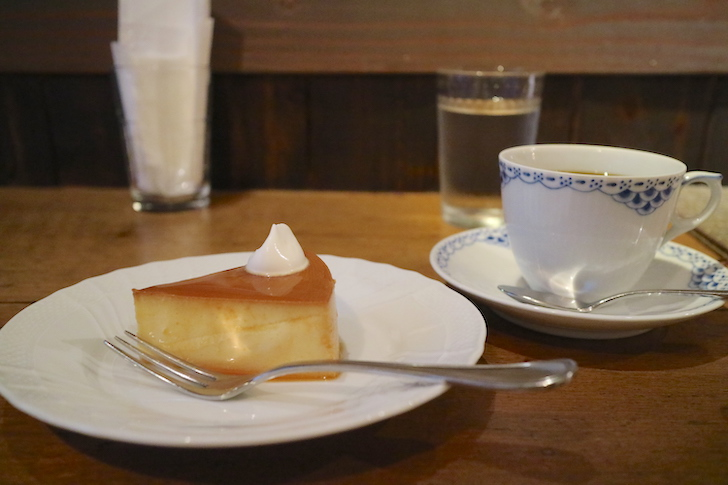 乙コーヒー チーズケーキと珈琲