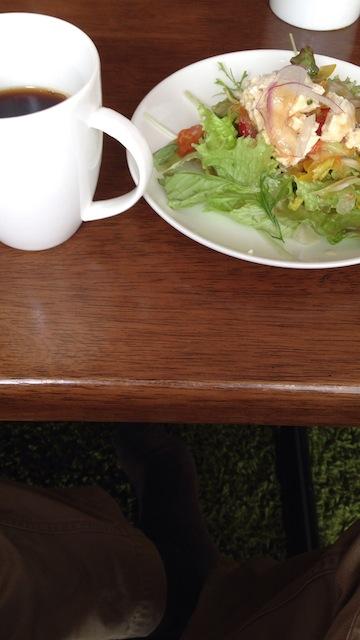And'on Cafe サラダと珈琲