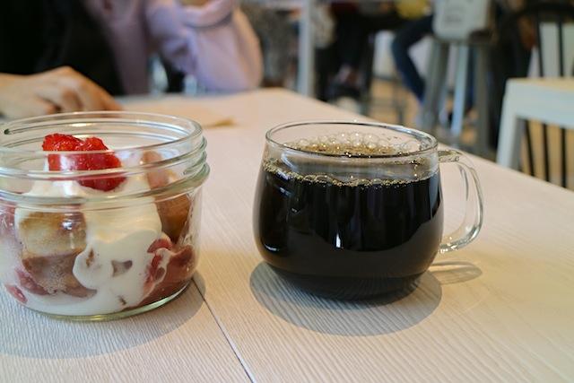 ブルーボトルコーヒー 珈琲とスイーツ