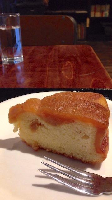 こぐま りんごのさかさまケーキ