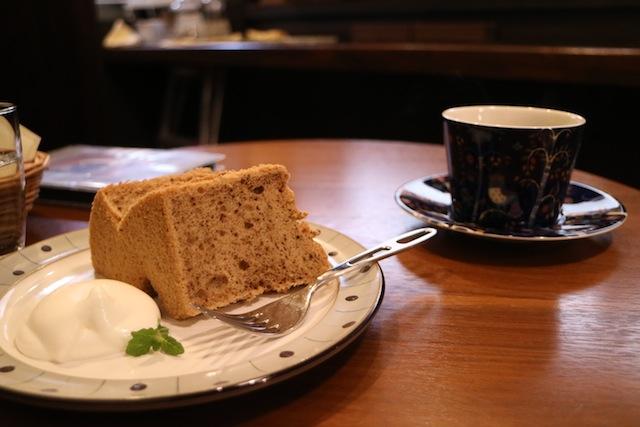 カフェ スノウドロップ 珈琲とシフォンケーキ