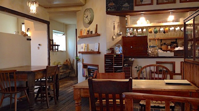 COOK's Cafe & Deli 店内