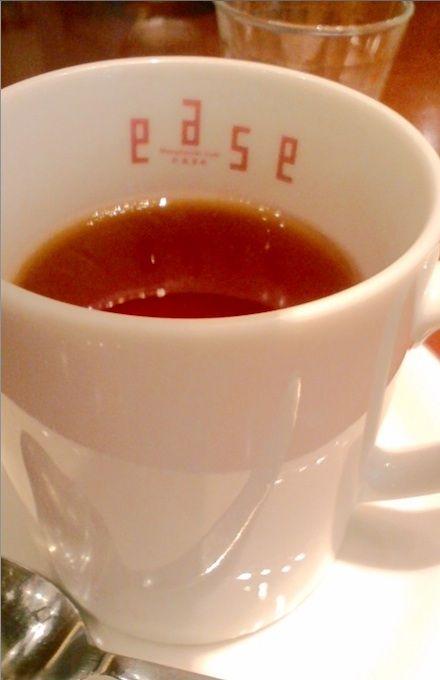 紅茶 丸の内カフェ ease