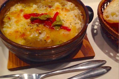 カフェマロン オニオングラタンスープ