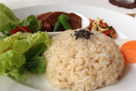 玄米プレート 自然食カフェすぴか
