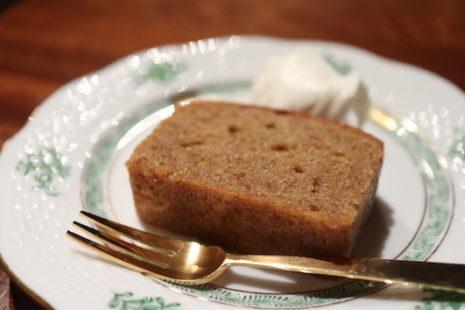アーモンドのパウンドケーキ 喫茶 居桂詩