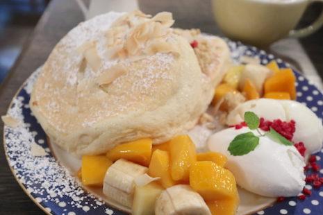 マンゴーのトロピカルパンケーキ Cafe del Sol