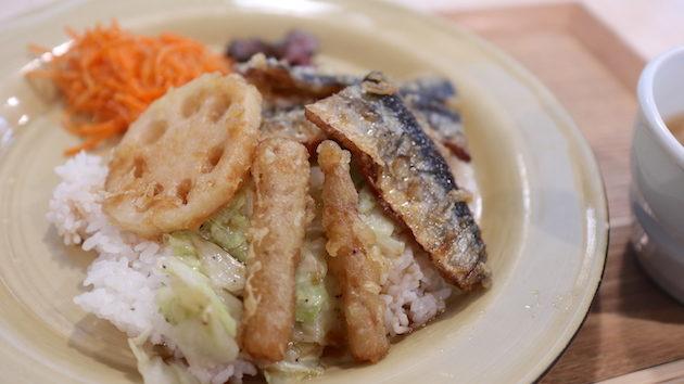 さんまと根菜の甘辛だれごはん ゆとりの空間 日比谷店