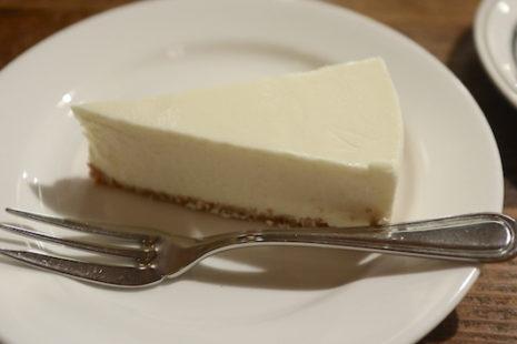 自家製レアチーズケーキ 神田伯刺西爾