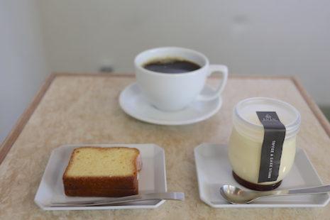 ウィークエンドシトロンとオリジナルプリン COFFEE & CAKE STAND LULU