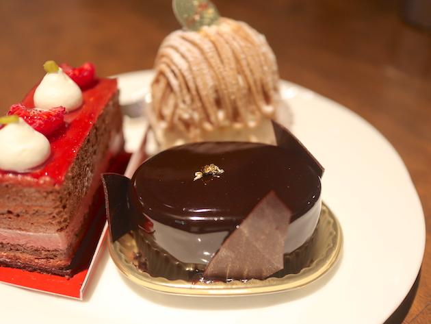 ケーキの盛り合わせ Emilie Floge