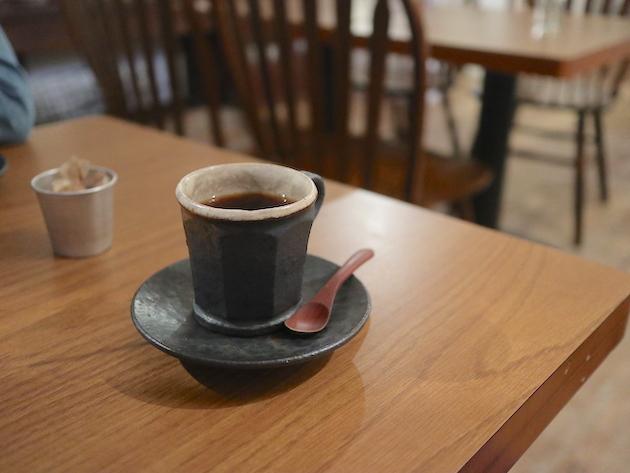 ハミングバード Cafe Hütte