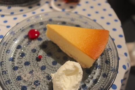 チーズケーキ Ryumon Coffeestand