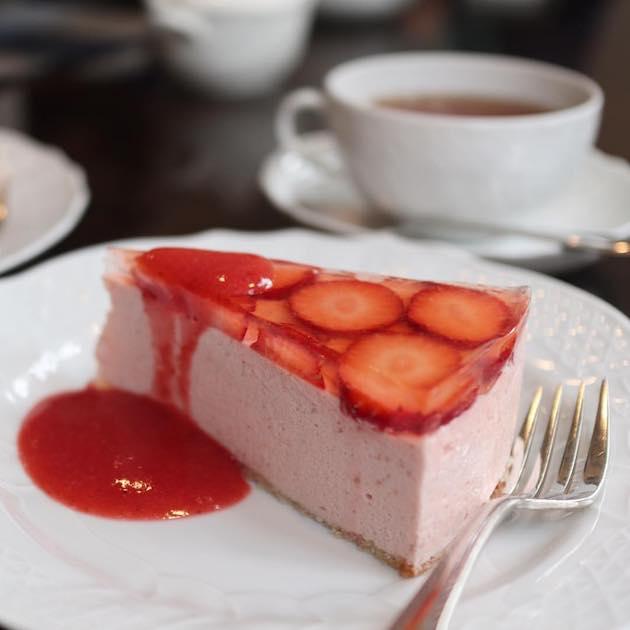 いちごのババロア Tea & Cake Grace