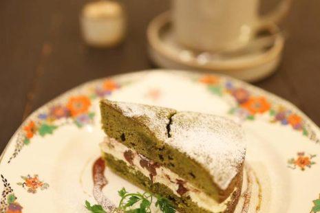 ヴィクトリアケーキ 抹茶あずきと豆乳オレ Salut