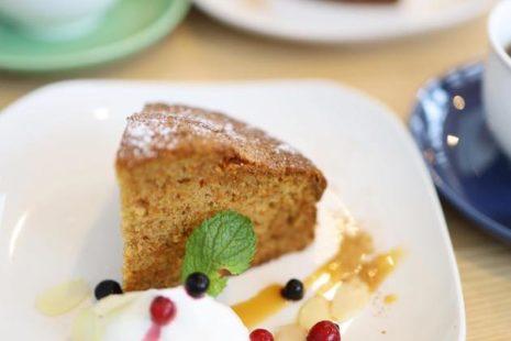 キャロットケーキ komae cafe