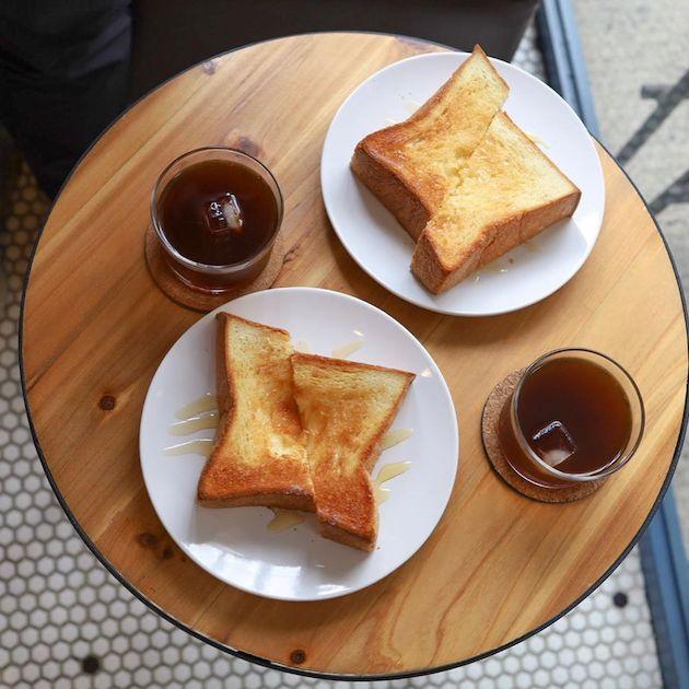 はちみつとバターのトーストと水出しアイスコーヒー Okusawa Factory Coffee and Bakes