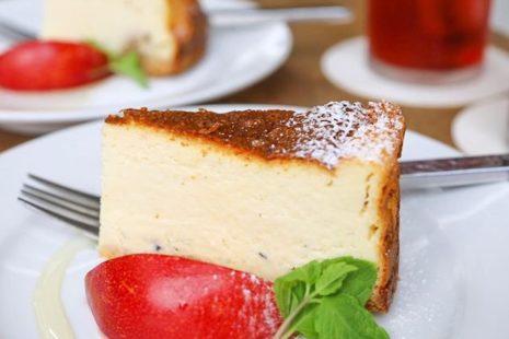 ゴルゴンゾーラのチーズケーキ cafe・hakuta