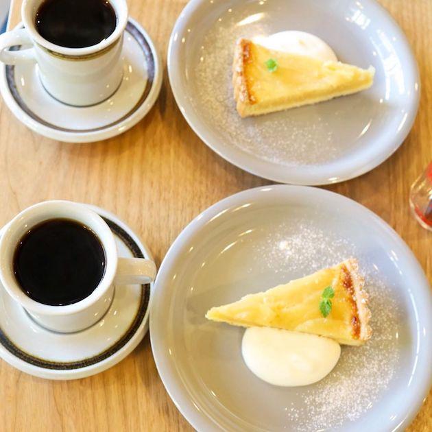 洋梨のタルトとブレンドコーヒー 珈琲玉澤
